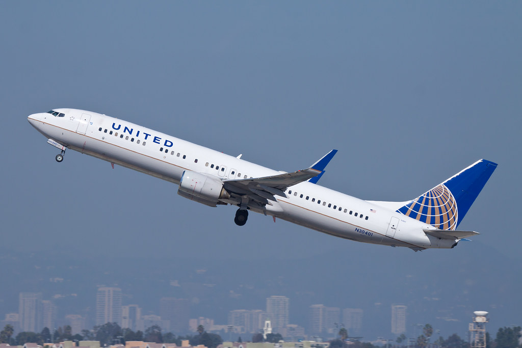 United Airlines Boeing 737 900 N30401 It Looks Like This 7 Flickr