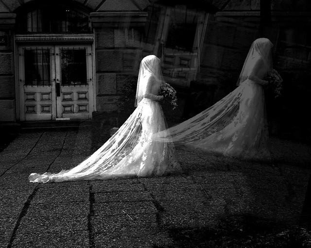 Mariage en noir. La rédemption...