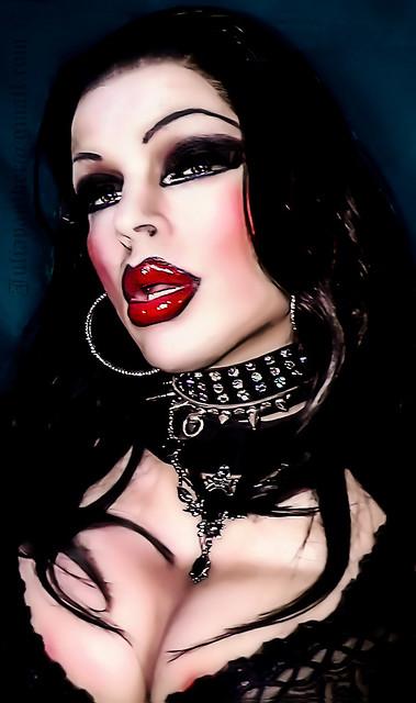 Sensual vampires or Gothic princess?