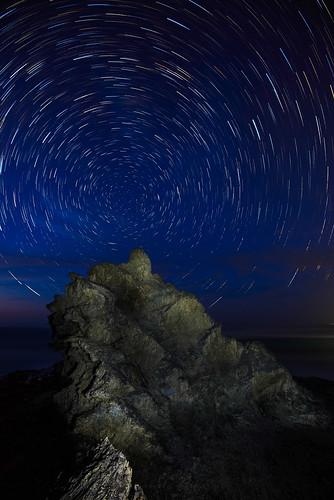 lightpainting night stars rocks australia newsouthwales nambuccaheads