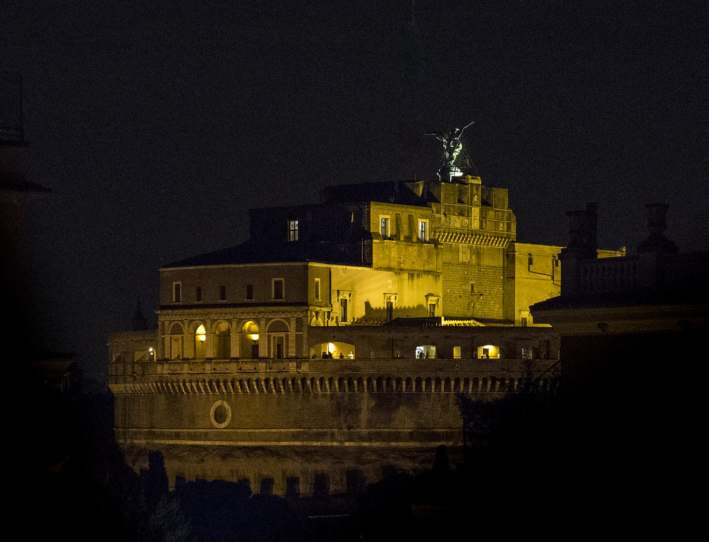 Castel Sant Angelo by night