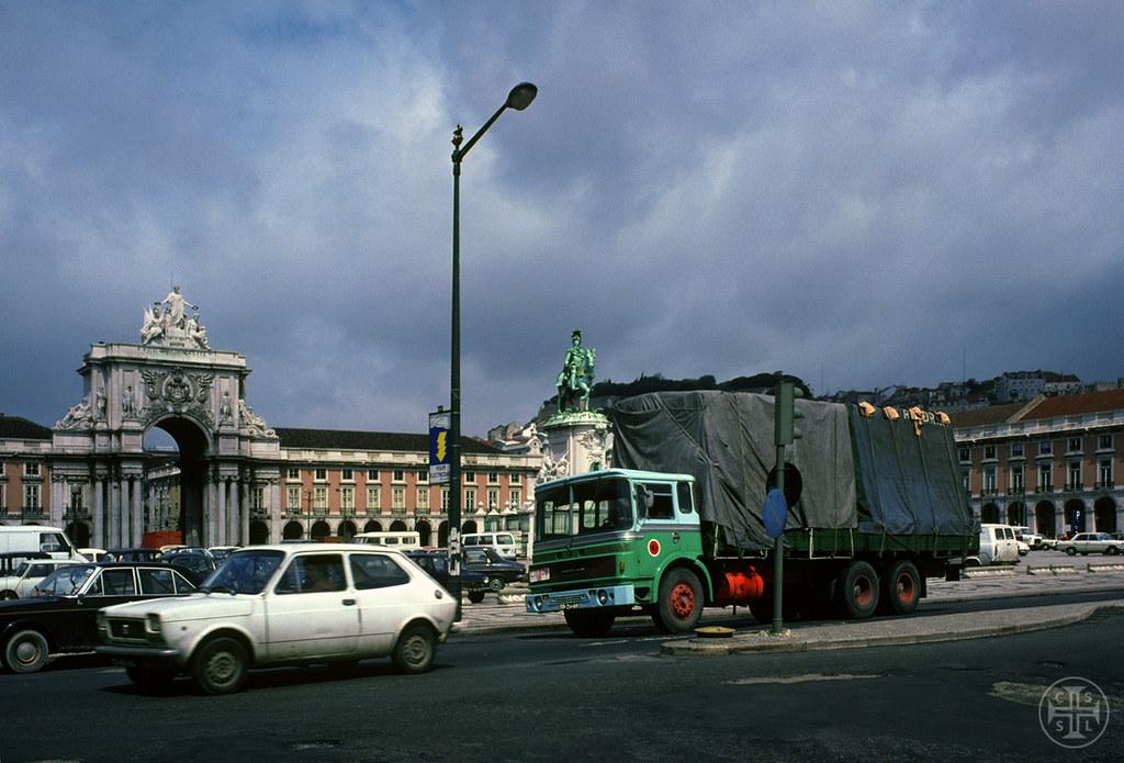 Camionetas Andorinha, Terreiro do Paço (Portimagem, c. 1980)