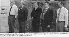 Rotary Pioneer Park Archway - Herald 2005 0302  (2)