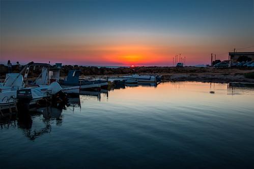 marina sunset tramonto porticciolo boats barche sicilia sicily marsala trapani petrosino sibiliana torre sea seascape landscape efs1022mmf3545usm 70d hdr