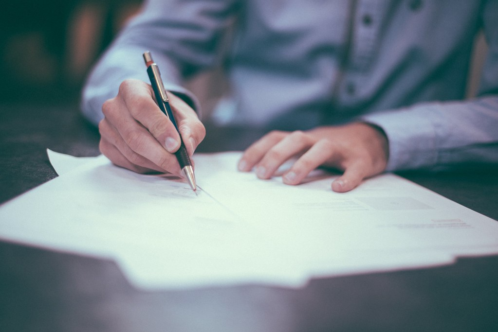 entrepreneur Office Work Business write pen - Credit to ht…   Flickr