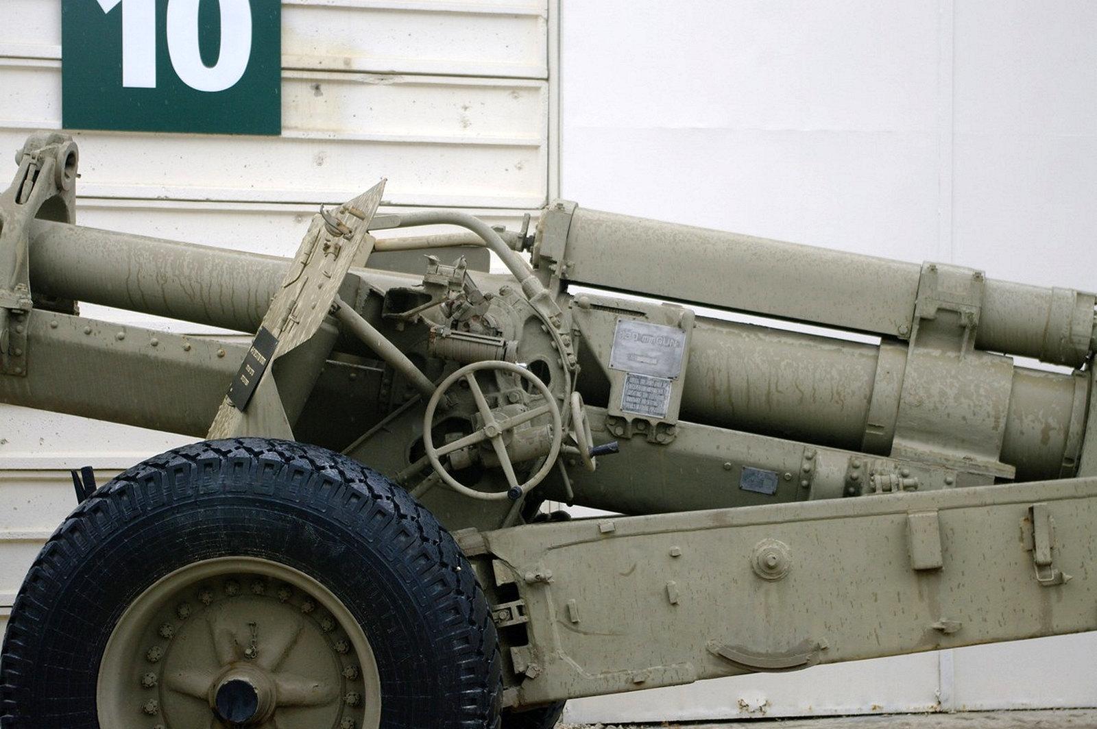 130mm M46 Field Gun (3)