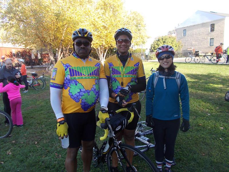 Robert, Lisa, and Reba at the start
