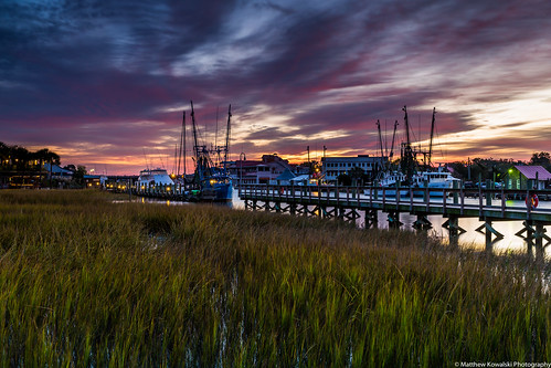 sunrise canon boats pier morninglight dock mountpleasant southcarolina charleston starburst shrimpboat shemcreek