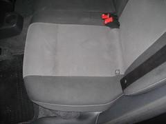 Ford Fiesta. Limpieza Tapicería asientos traseros.