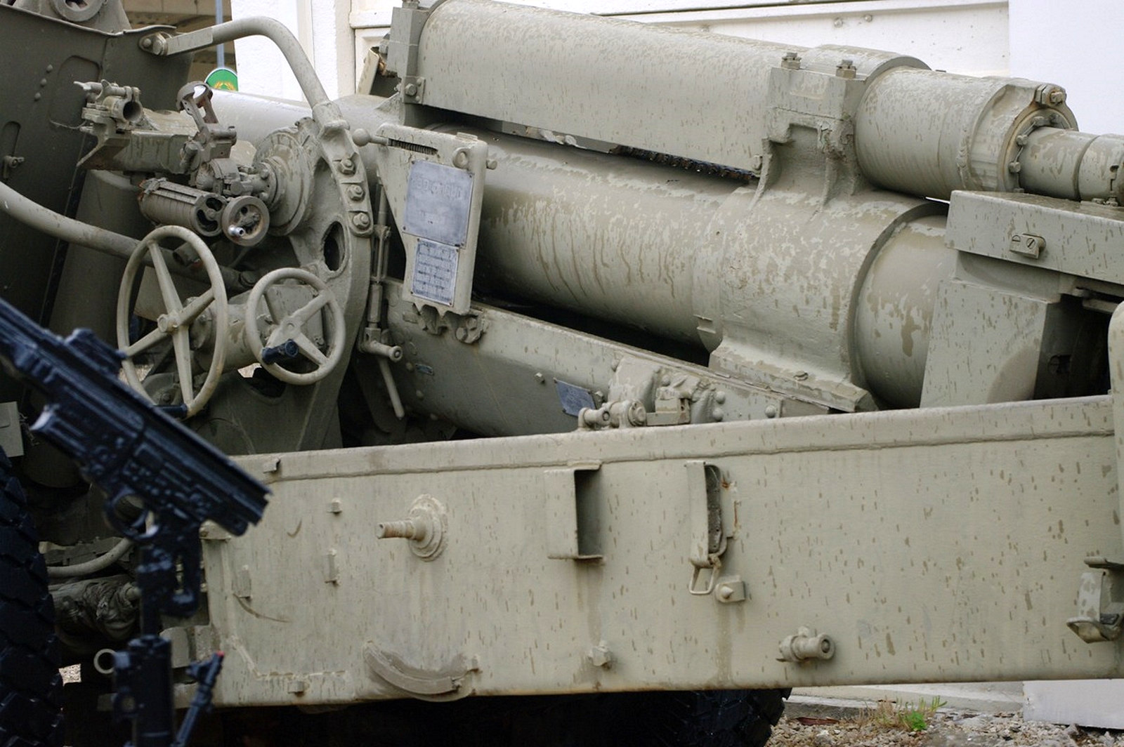 130mm M46 Field Gun (9)