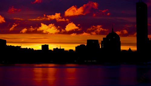 colors silhouette boston skyline clouds sunrise dawn frozen vibrant charlesriver canoneos500d canonefs55250mmf456is