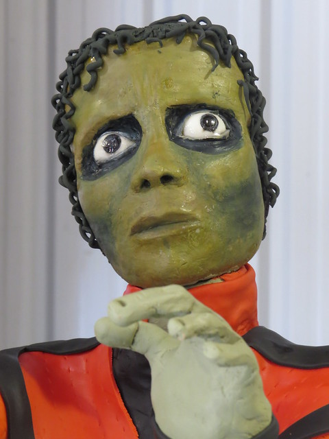 Would you believe a Michael Jackson cake?
