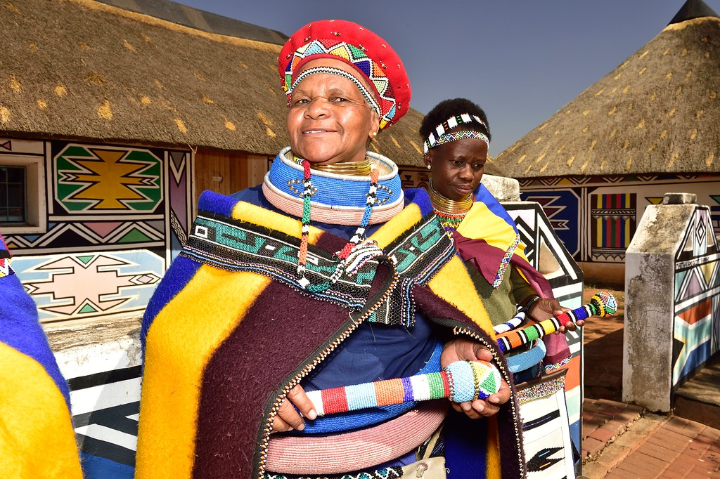 Ndebele Village, Mpumalanga, South Africa   South African ...