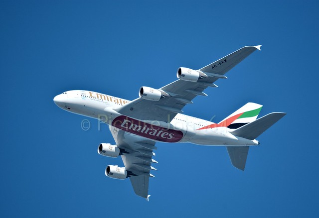 UAE147 Airbus 380 (A6-EEW) at FL37 from Dubai to Schiphol Amsterdam