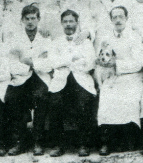 1912: Thomas Page, Henry Page and the man with the ratting dog