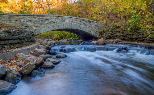 longexposure autumn fall water minnesota creek landscape waterfall stream pentax outdoor minneapolis serene twincities minnehaha minnehahafalls minnehahaceek