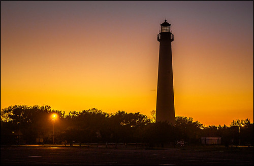 nj cape may lighthouse sunset