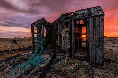 sigma1020f456 autumn beach net d7100 derelict topazclarity pebbles lighthouse railway sunset kent dungeness clouds abandoned england rails