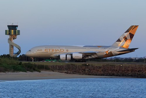 etihad etihadairways sydneyairport r34l airbus a380 a380861 aviation planes megaplane airport sunset photography markbimagery flickr geotagged controltower