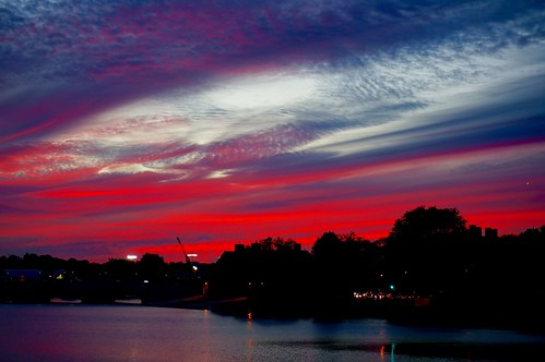 pink sunset sky boston clouds ma dusk massachusetts charlesriver newengland fuschia bluehour cambridgema andersonbridge pw riverbendpark