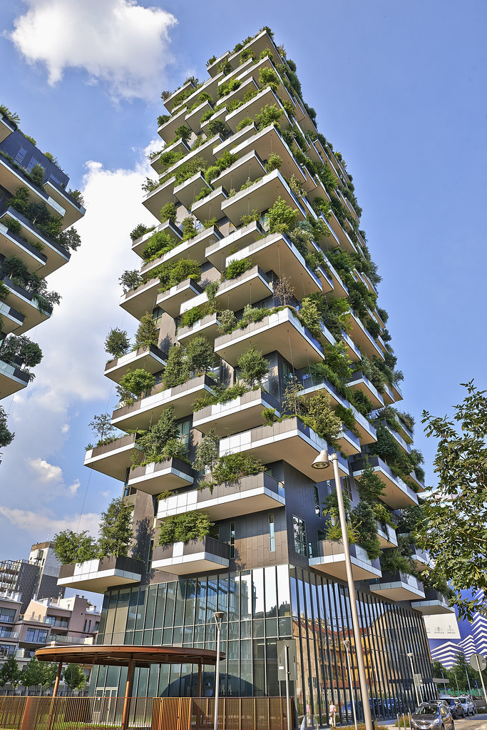 Vertical Forest Apartment Building In Milan Vertical