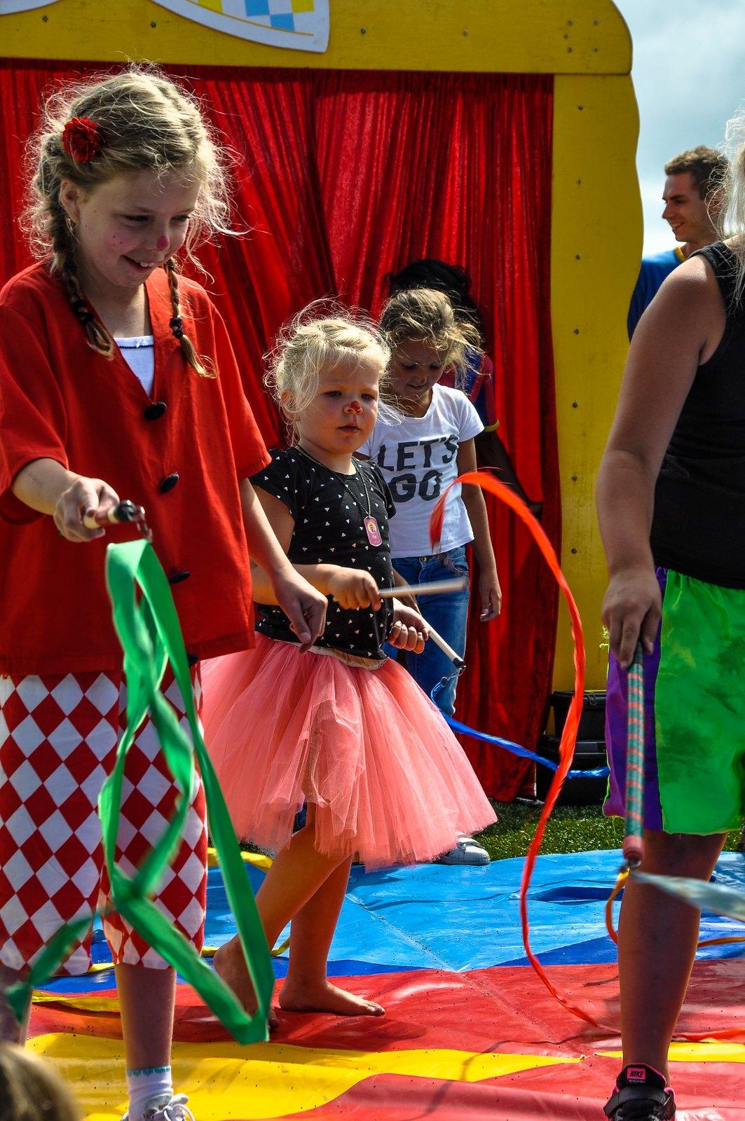 Cirque du Zomerfeest en bingo -76