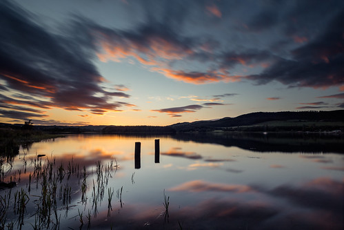 longexposure sunset water clouds canon landscape scotland twilight waterfront fife sigma bluesky bluehour loch waterscape 1735 redskies sunsetoverwater lochore grantmorris grantmorrisphotography