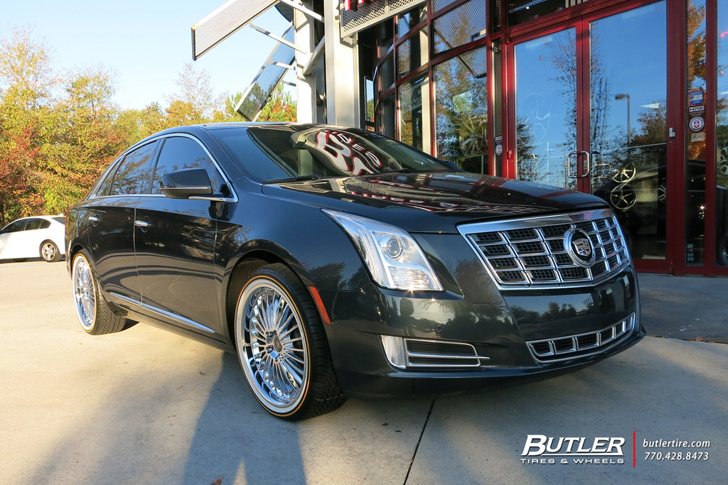 Cadillac Xts With 20in Beyern Multi Wheels And Vogue Tires Flickr