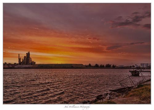 sunset water clouds landscape industrial australia southaustralia portadelaide portriver
