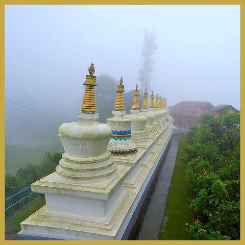 india nature clouds landscape mood tour hills monsoon bengal himalayas hillstation rainyseason kalimpong destinations tuorism durpinmonastery zangdhokpalriphodang durpinhills