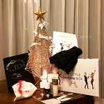 12月のマイリトルボックス🎄sparkling box✨✨✨ミッドナイトブルーのポーチ、グローブもゴールドがキラキラ✨⭐️✨ネイルカラーも👍オトナのクリスマスって感じだね🎄 #マイリトルボックス #mylittlebox #christmas #present