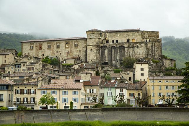 Beauchastel, Along Le Rhone