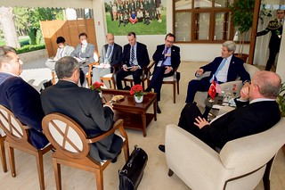 Secretary Kerry, Advisers Hold Bilateral Meeting With Turkish Foreign Minister Sinirlioglu on Sidelines of G20 Summit in Antalya