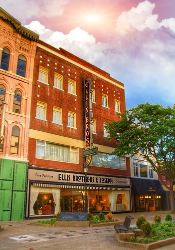 binghamton new york ny ellis brothers joseph fine furniture oriental rugs nrhp district court sky sun sunset rays retail stoore front neonsign large 100 years old onasill register attraction site vintage photo canon sl1 rebel sigma macro 18250mm