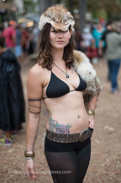 Barbarian Girl, Bikini Top