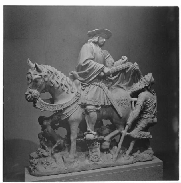 statue in Gulbenkian