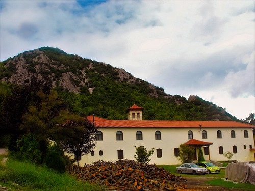 trees mountain mountains clouds forest village cloudy outdoor greece monastery timeless makedonia vergina pierian μακεδονια macedoniagreece