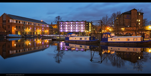 urban panorama reflections canal nightscape pano sheffield illuminated bluehour barge afterdark refection canalboat moorings southyorkshire aftersunset moored citynights canalbasin victoriaquays sheffielduk canon6d