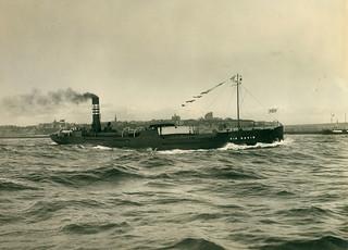 The cargo ship 'Sir David' leaving the River Tyne