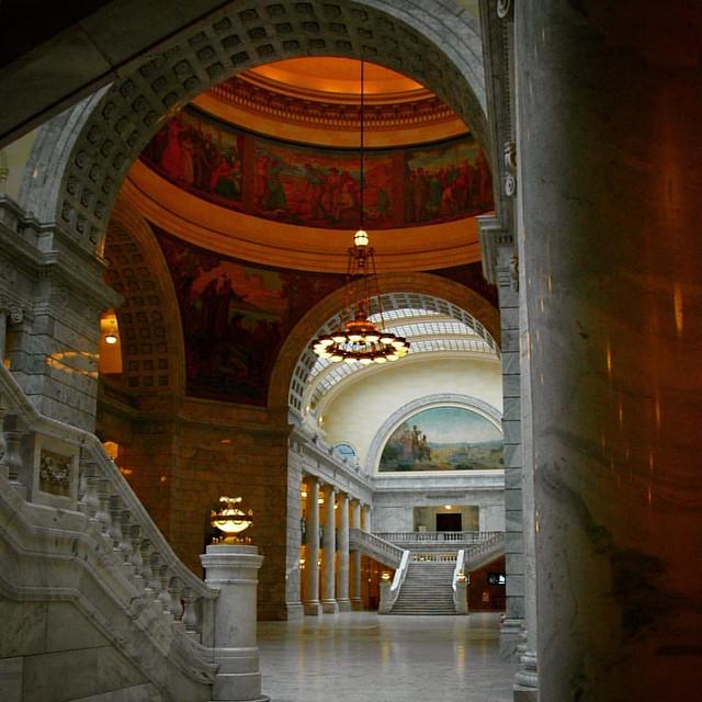 #utah #capitol #marble #statecapital #saltlakecity #thetopofstatestreet #photography #architecture #thebeehivestate