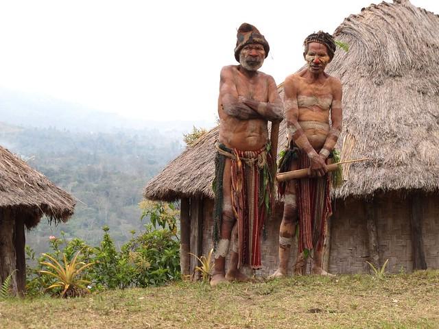 Les anciens - Village Asaro