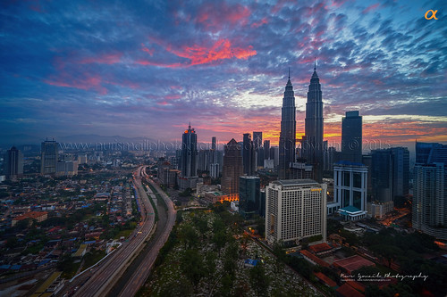 morning sunrise dawn skyscrapers petronas commercial twintowers petronastwintowers singleexposure petronastower3 nurismailphotography nurismailmohammed nurismail