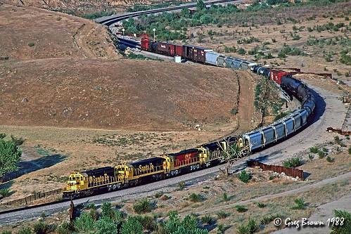 atsf atchisontopekasantafe santafe freighttrain california tehachapi railroads trains
