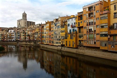 Onyar River / Riu Onyar, Girona | by Trevor.Huxham