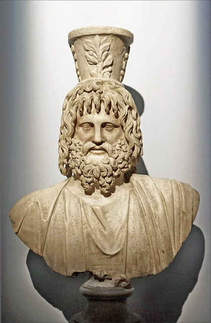 Buste de Sérapis (Exposition Osiris, Institut du Monde Arabe)