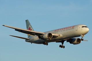 Air Canada Boeing 767-300 C-FOCA | by BriYYZ