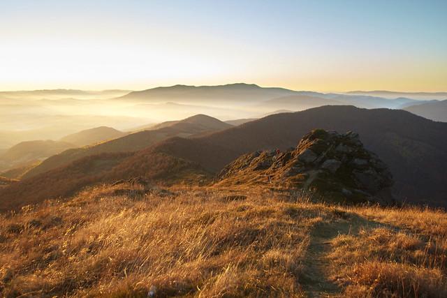 Sunrise on the Pikui mountain