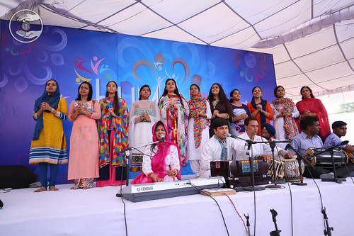 Devotional song by Harjeet and Party from Chandigarh