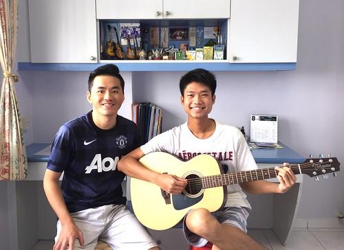 Adult guitar lessons Singapore Darren