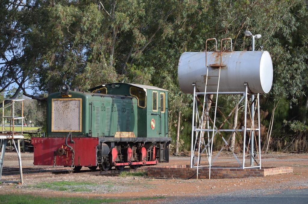 SEC 1 Hotham Valley Railway, Pinjarra 23/10/2015 by ChrisDPom